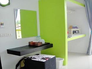 booking Koh Lipe Harmony Bed and Bakery hotel