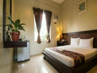 Driggs Pension House General Santos - Deluxe Room-Matrimonial