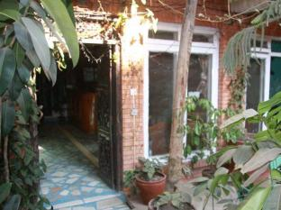 Hotel Backpackers Kathmandu - Hotel Entrance
