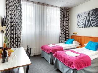 Alexandra Hotel Stockholm - Gästrum