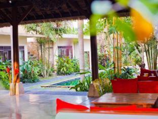 Indigo Tree Bali - Restaurant and Pool