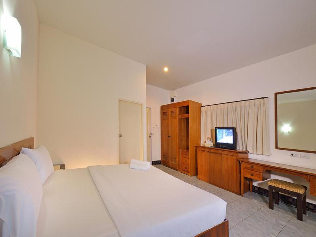 โรงแรมกระบี่ แกรนด์ เพลซ (Krabi Grand Place Hotel)