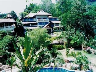 Phuket Nirvana Resort פוקט - בית המלון מבחוץ