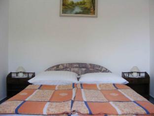 Hotel Haus Csanaky Siofok - Family Apartment - Bed Room