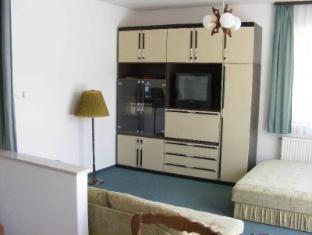 Hotel Haus Csanaky Siofok - Family Apartment
