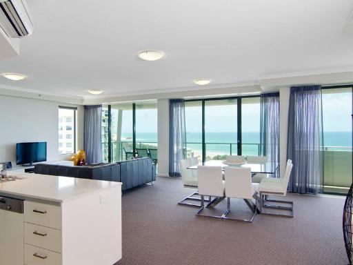 Beach on Sixth Apartments PayPal Hotel Sunshine Coast