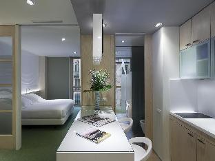 Aparthotel Ako Suites guestroom junior suite