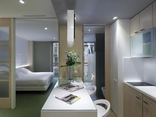 Aparthotel Ako Suites hotel accepts paypal in Barcelona