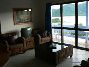 Coral Point Lodge Whitsunday-øyene - Inne i hotellet