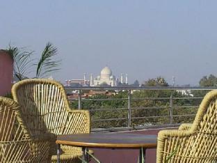 Hotel Love Kush Агра