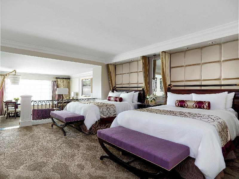 Bella View Suite - Two Queen Beds