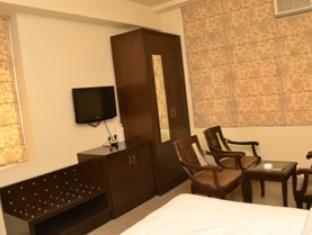 Hotel Bricks New Delhi and NCR - Suite Room-Interior