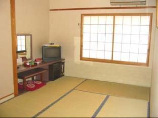 和室(共用バスルーム・シングルユース)