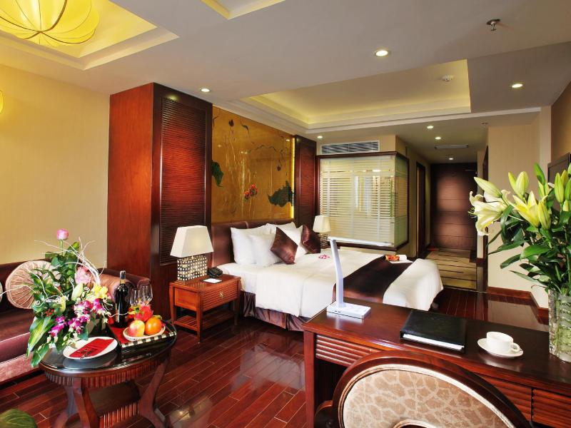 Luxury Suite With Terrace