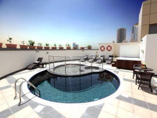 Xclusive Maples Hotel Apartment Dubai - Zwembad
