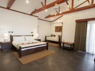 Pura Vida Beach & Dive Resort Cabilao Bohol - Suite Bedroom