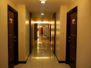 The Studio 87 Residences Manila - Hallway
