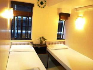 New International Guest House Hong Kong - Standard Twin Bed