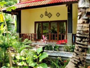 Bali Bhuana Beach Cottages Бали - Градина