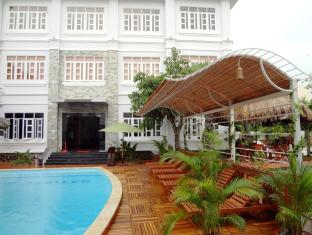 Satisfy Hotel Chau Doc (An Giang)
