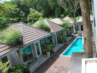 Laila Pool Village Phuket - Hotellet udefra