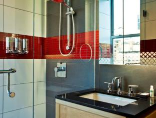 Tryp by Wyndham Times Square South New York (NY) - Bathroom