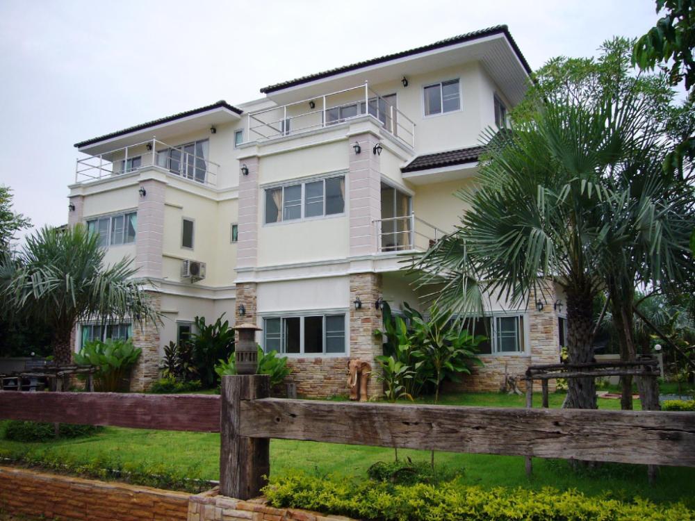 Bhuthara Resort