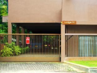 Lodge 19 Negombo - Exterior