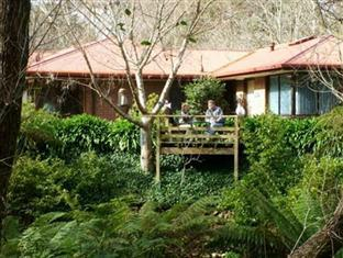 Adelaide Hills Bed & Breakfast Accommodation Adelaide - Property Exterior