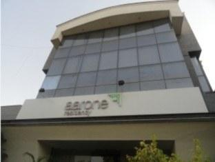 Starlit Select Aarone Residency New Delhi and NCR - Hotel Exterior