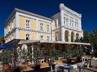 Astoria Hotel and Restaurant