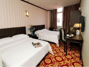 S Bee Hotel - Family Room