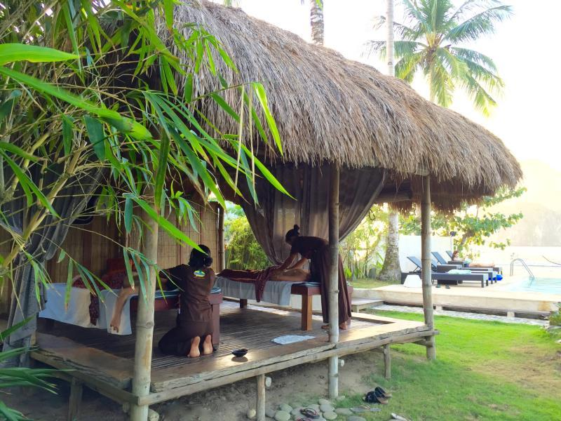 Cadlao Resort and Restaurant57