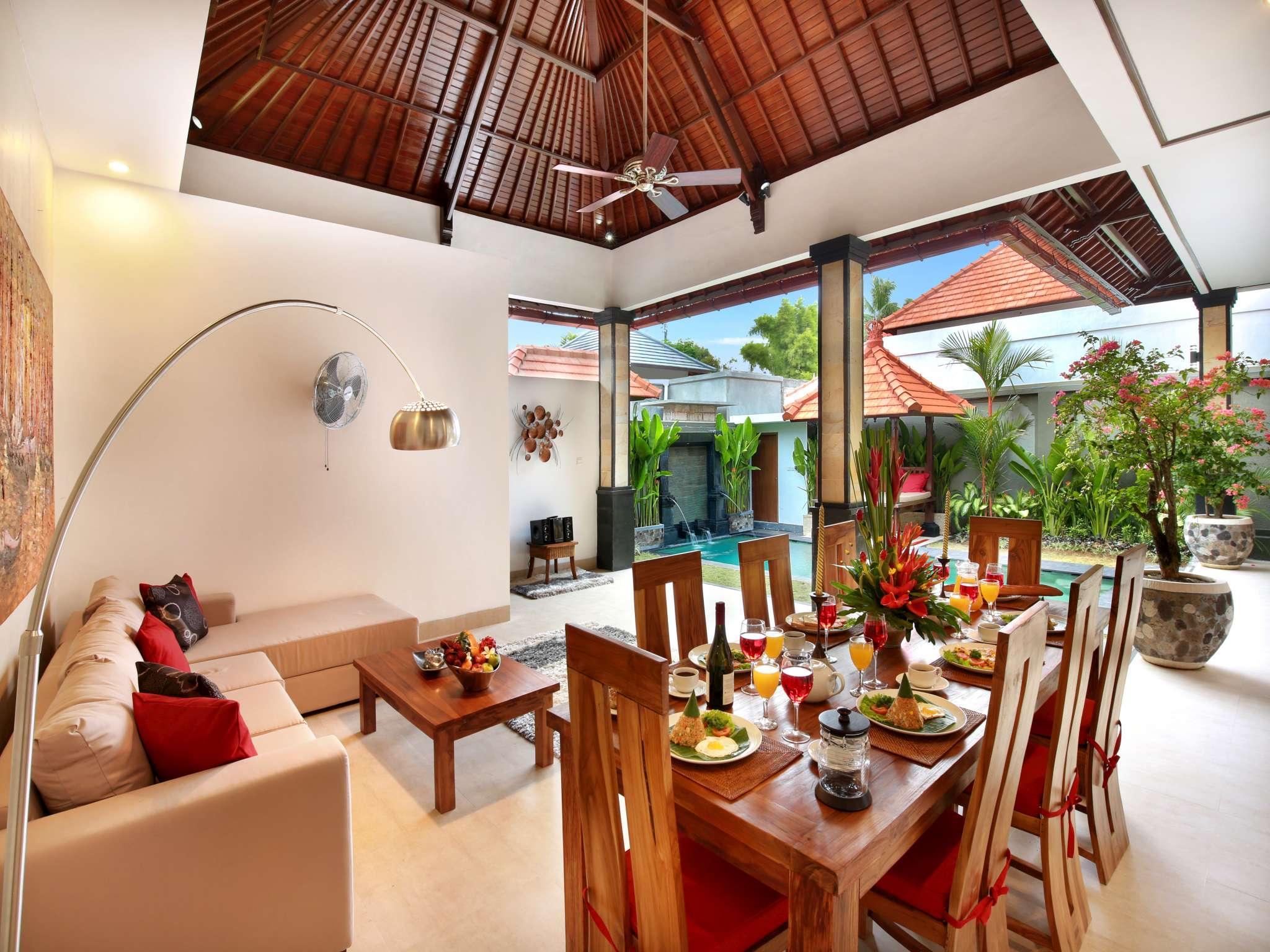 De Liza Villa Seminyak Beachside