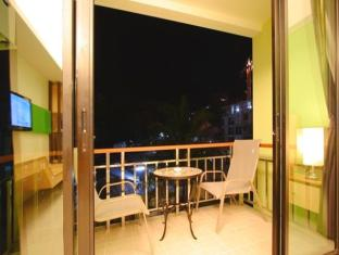 Kalim Beach Place Phuket - Superior Balcony
