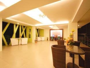 Kalim Beach Place Phuket - Foyer