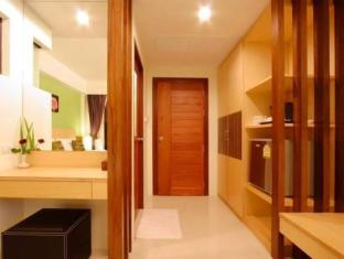 Kalim Beach Place Phuket - Interior do Hotel