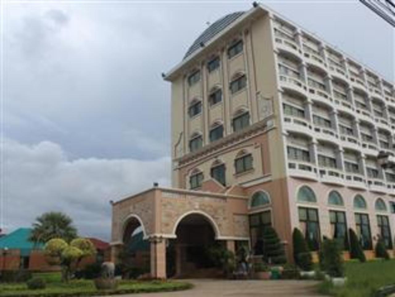 โรงแรมพิษณุโลกออร์คิด (Phitsanulok Orchid Hotel)