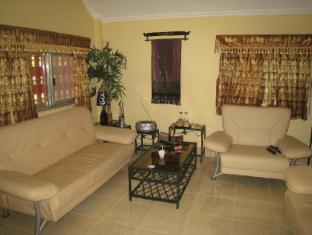 Maisons d'Amis de Khuon Tour Phnom Penh - Suite Room