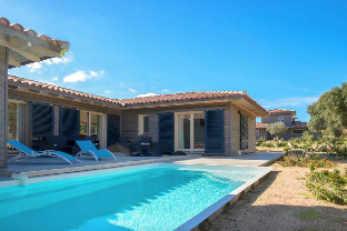 Villa 8/10 pers with heated private pool