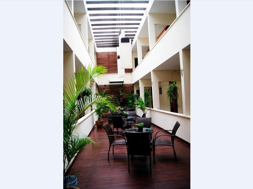 New Regent Hotel -