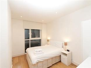 Times Square Serviced Apartments London - Bedroom