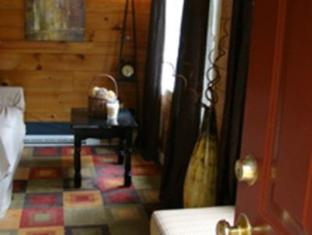 Bay Leaf Cottages & Bistro Lincolnville (ME) - Hotellet indefra