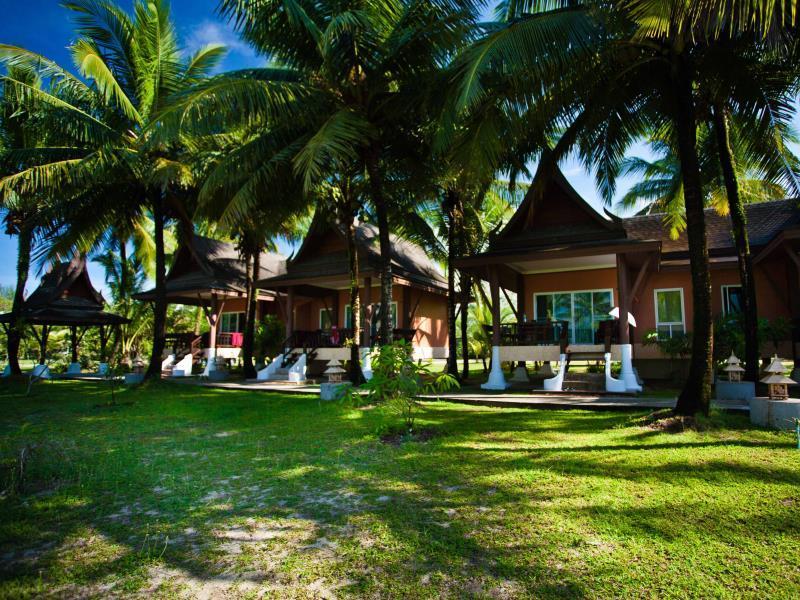 ซีแอนด์เอ็น คอเขา บีช รีสอร์ท - C&N Kho Khao Beach Resort