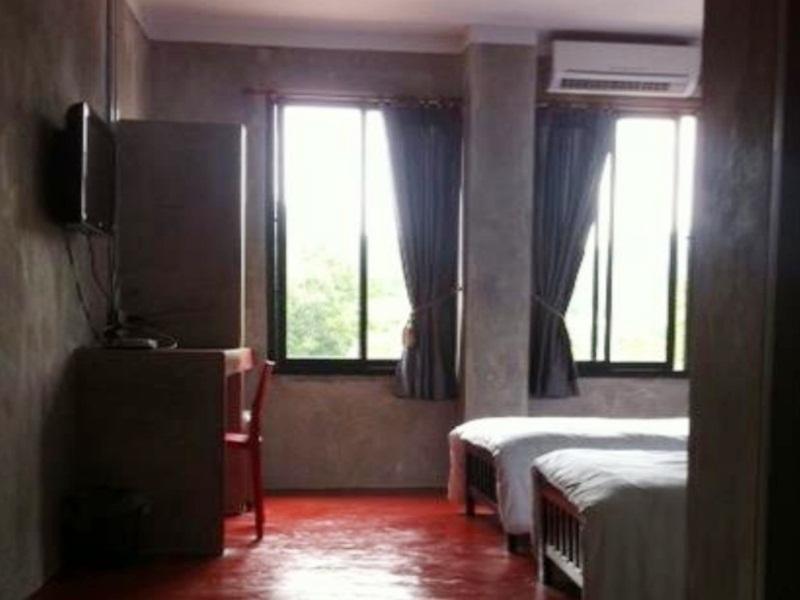 法布酒店,โรงแรมแฟ้บ