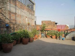 Nyatapola Guest House Bhaktapur - Exterior