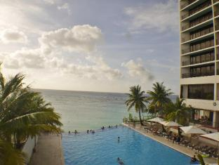 Guam Reef & Olive Spa Resort Guam - Basen