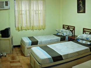 Chateau Veronica Apartelle Davao - Guest Room