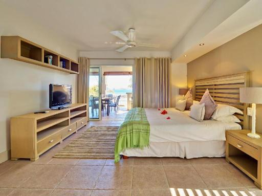 Cape Point Seafront Suites & Penthouse by Luxury Ocean Vacation (lov) hotel accepts paypal in Mauritius Island