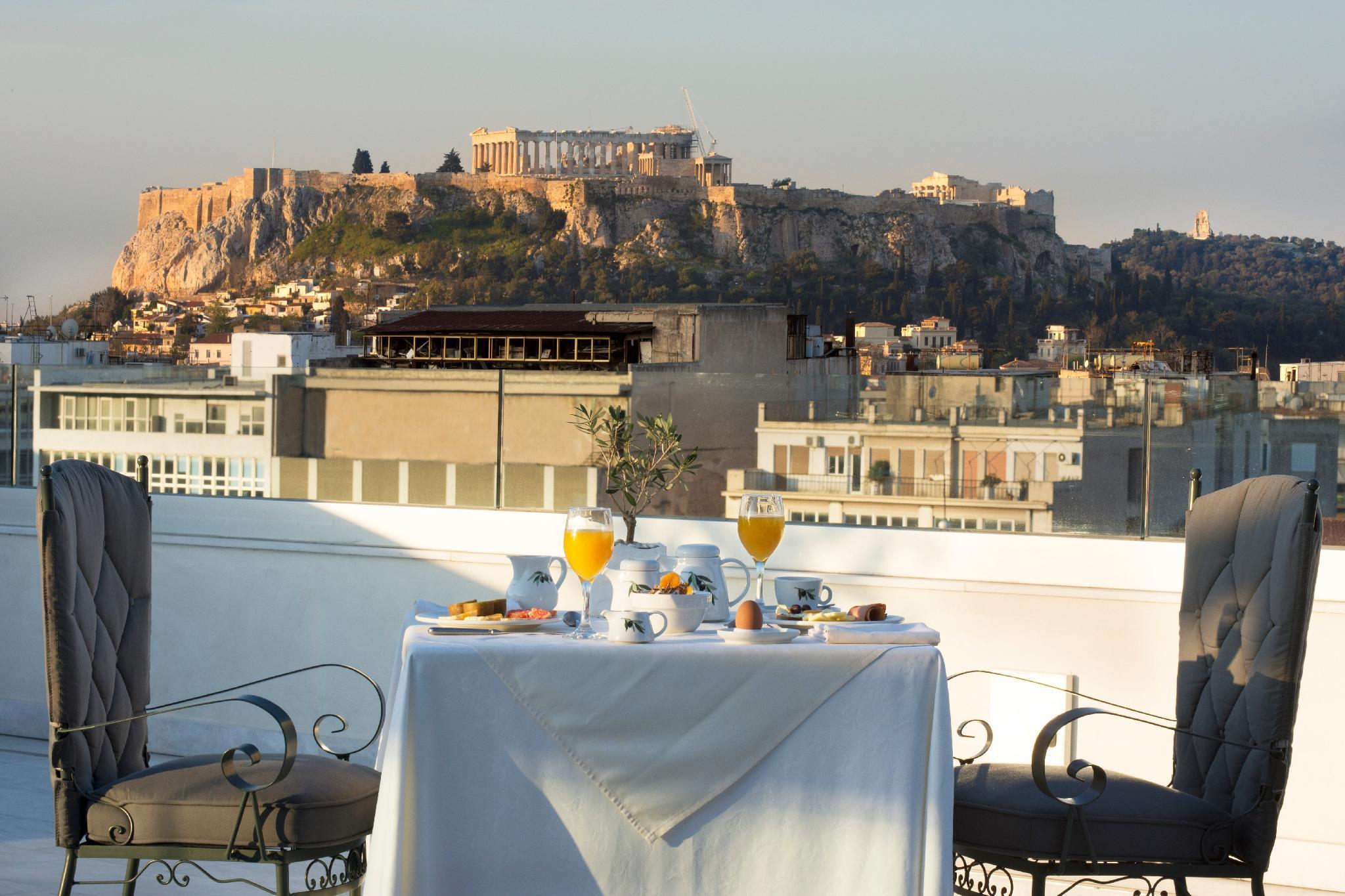 Titania Hotel – Athens 1